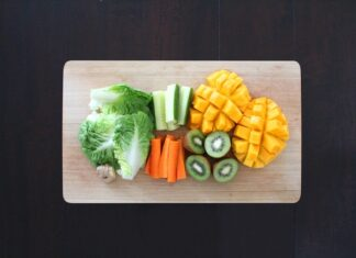 co jedzą weganie